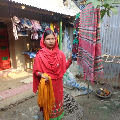 Tamanna,13, is helping her mother with household chores.