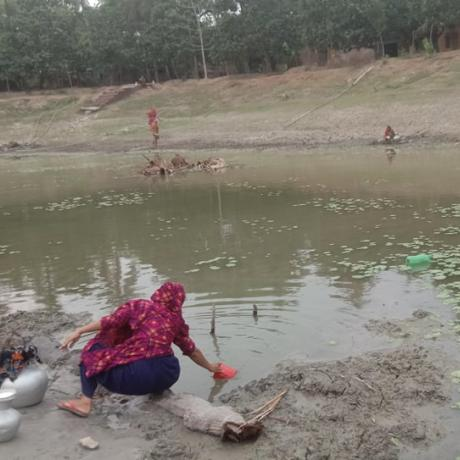 In the southern coastal districts of Satkhira and Barguna, families are being hit by a prolonged and unusual dry spell, which has affected groundwater supply, leading to increasing levels of salinity and a lack of clean, safe drinking water.