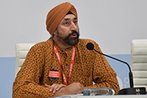 Harjeet Singh speaking at COP 25 in Madrid