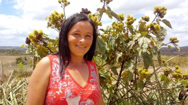 During the Covid-19 pandemic Lucimara, 34, received food packages sourced from smallholder farmers